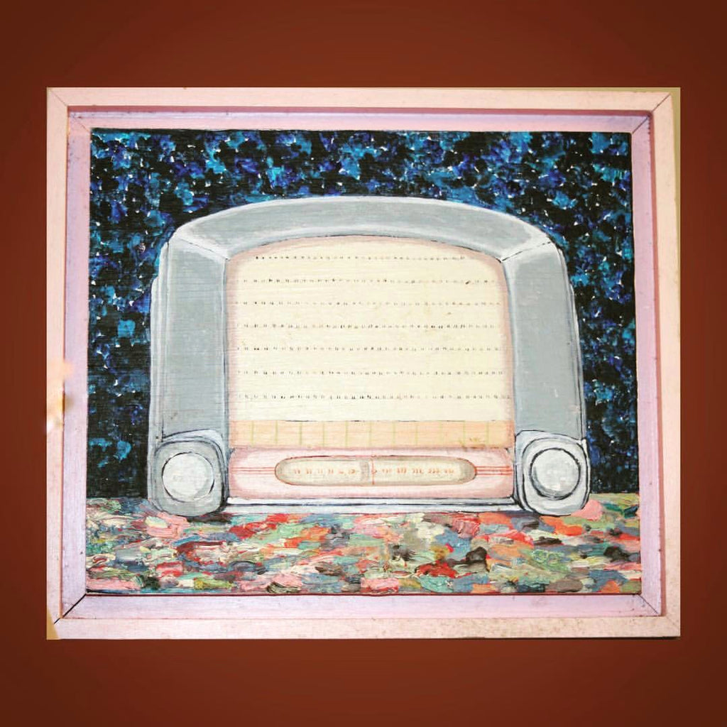 "🧜‍♀️  #Maritime #Artist #Spotlight:  Helen Felicity Redgrave - ""Grey General Electric Radio""  🧜‍♀️"