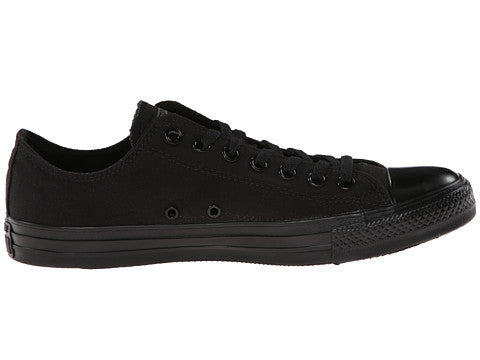 7f936c04f2c0 Converse Unisex Monochrome Chuck Taylor All Star Low Top - Foot ...