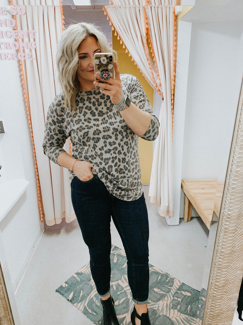 Scotti Ribbed Leo Top