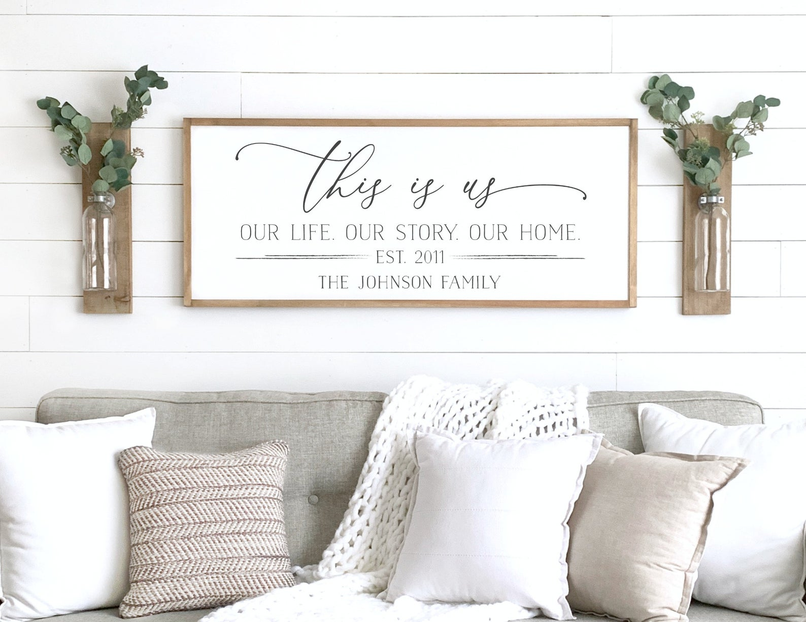 Family name sign - This is Us - Family Wall Art