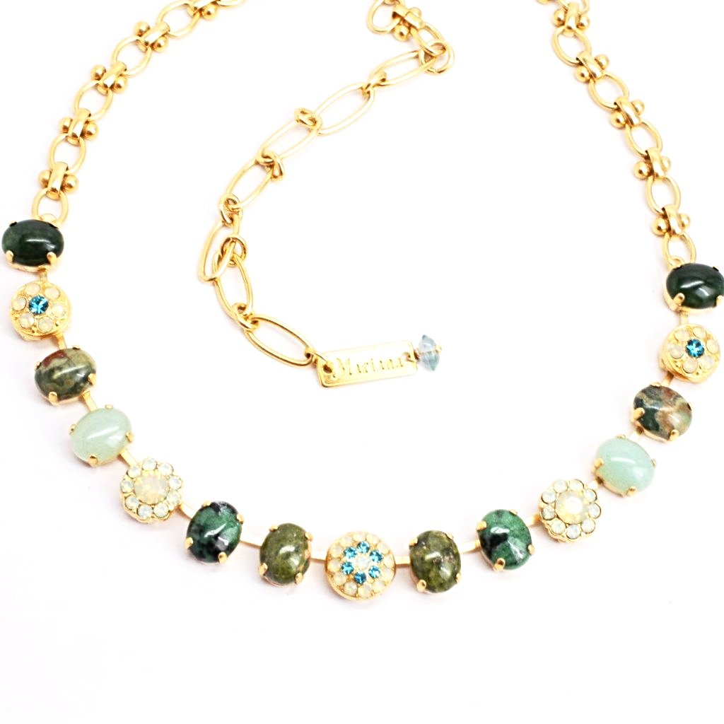 Grace Collection Oval and Round Crystal Necklace in Yellow Gold