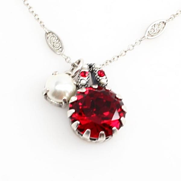 Red and Pearl Crystal Pendant Necklace