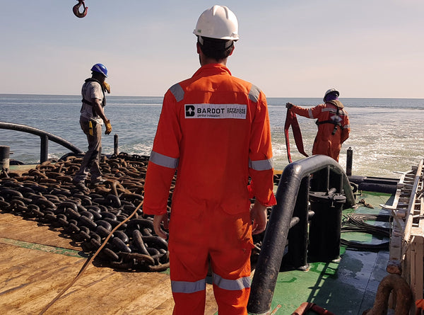 assisting the installation of a Conventional Buoy Mooring CBM system in Madagascar