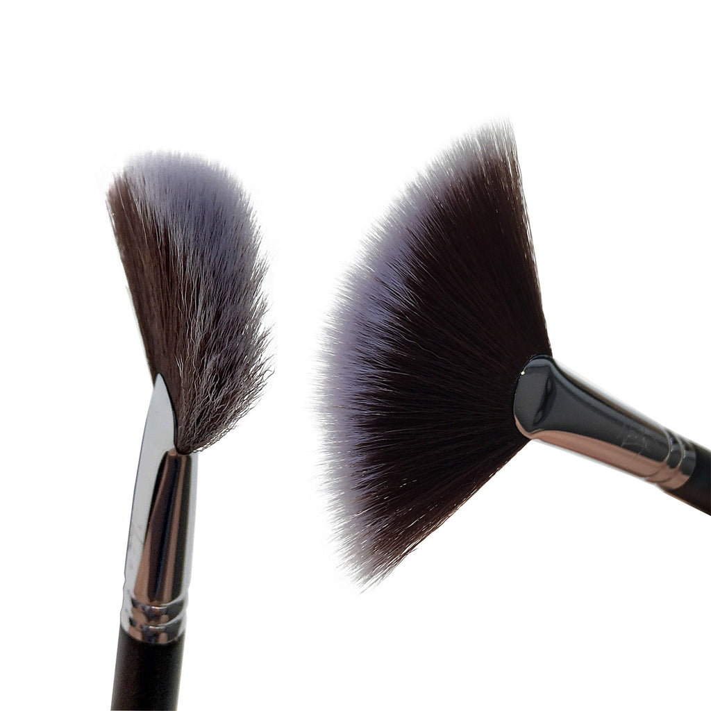 Fan Makeup Brush (Svartur og Hvítur)