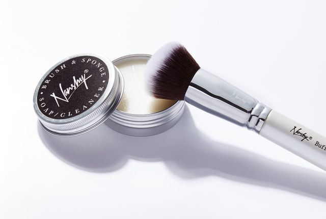 Makeup Brush & Sponge Cleaning Soap - Daría