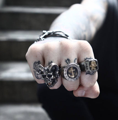 Skull Ring - Stainless Steel Screaming Horns Skull Ring