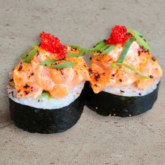 Spicy Salmon Futomaki (6 uds)