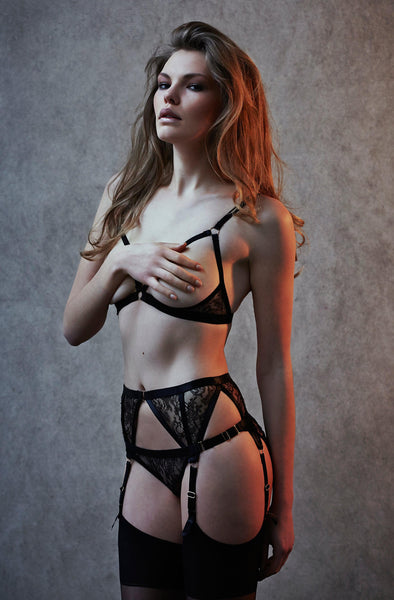 Annabel Suspender Belt - Darkest Fox