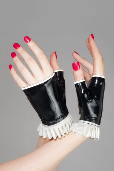 Pia Frilled Latex Gloves