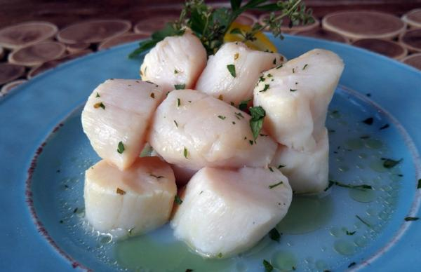 Sea Scallops in Lemon Garlic Herb Butter 125g