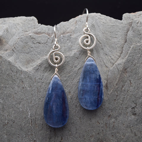 Pacha Long Kyanite Earring