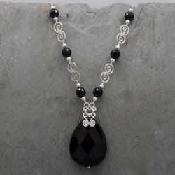 Jatun Onyx Teardrop Necklace