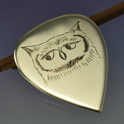 hand engraved drawing plectrum