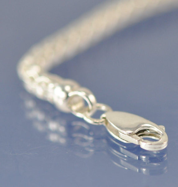 Cremation Ash Glass Bead ON  a Dovetail 4mm chain