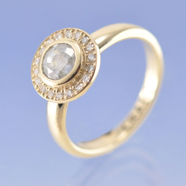 Sparkling Halo Ash in Gemstone Ring