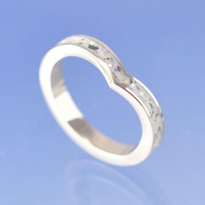 V-Shaped Cremation Ash Ring. 3mm Narrow Channel Set