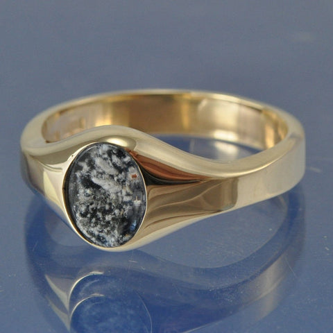 Cremation Ash Traditional Signet Ring