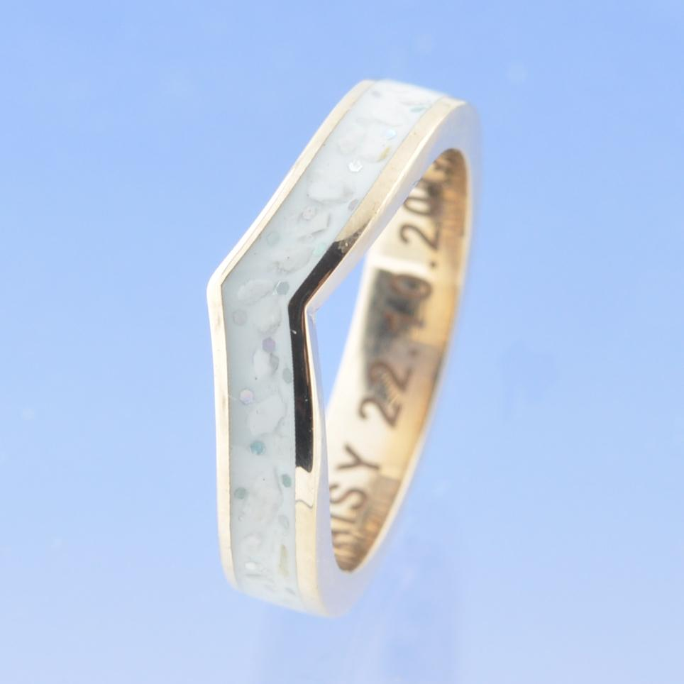 V-Shaped Cremation Ash Ring. 4mm Narrow Channel Set
