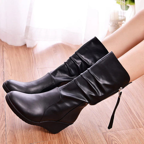 Stylish Black Mid Calf Leather Boots