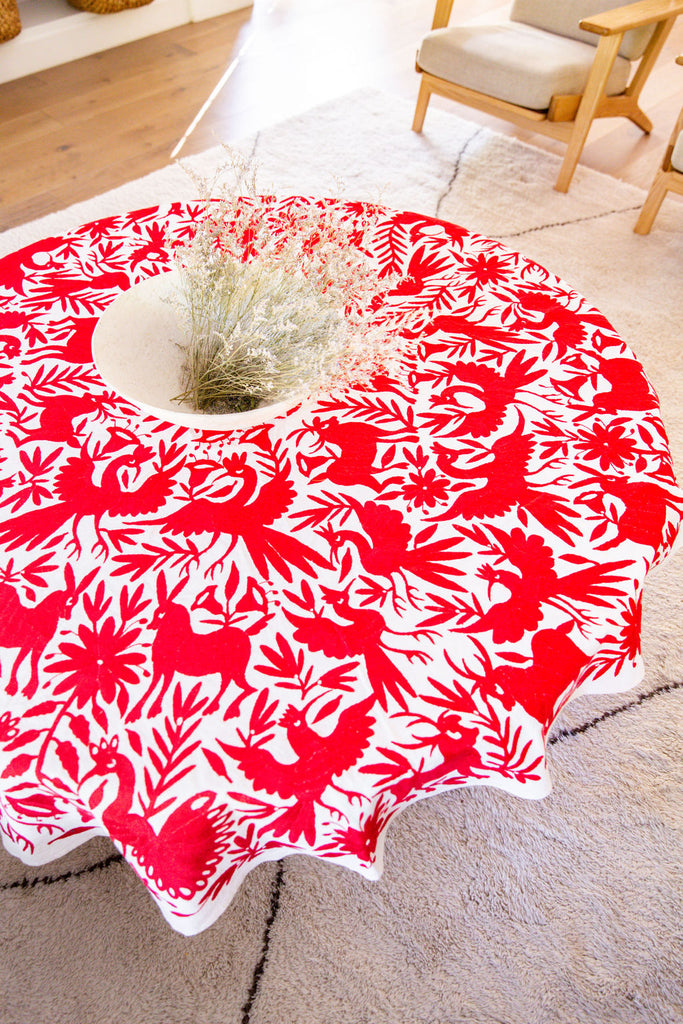 RED OTOMI TAPESTRY / ROUND TABLECLOTH
