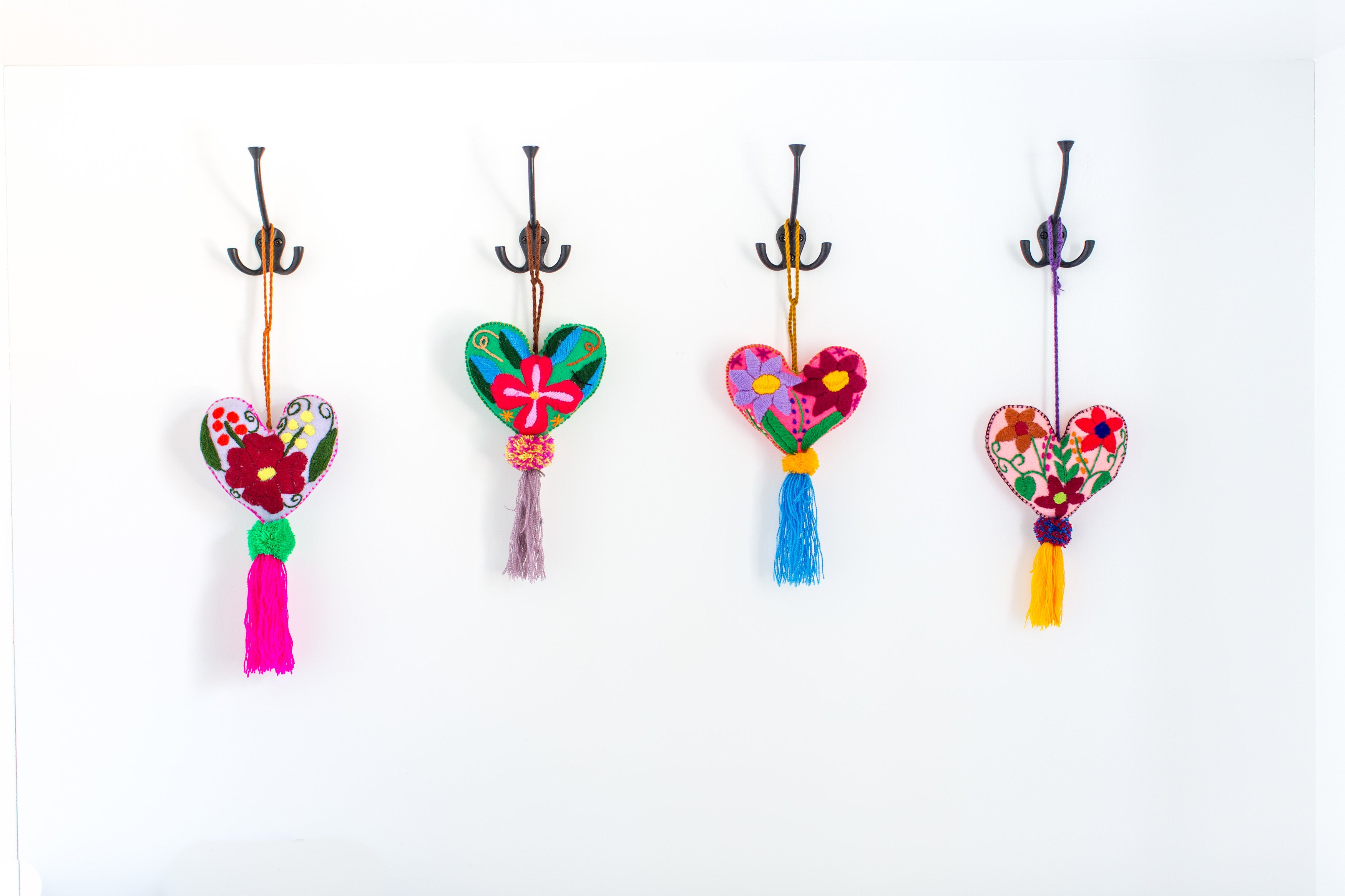 WOOL HEARTS WITH POM POM TASSLE