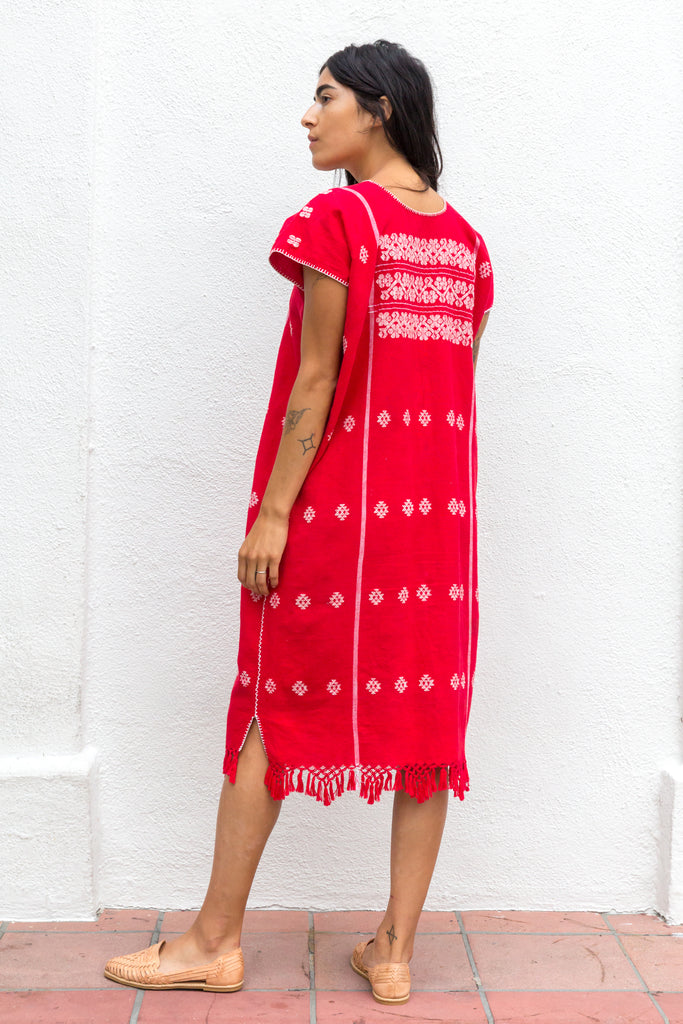 RED AND WHITE MIXTECA HUIPIL
