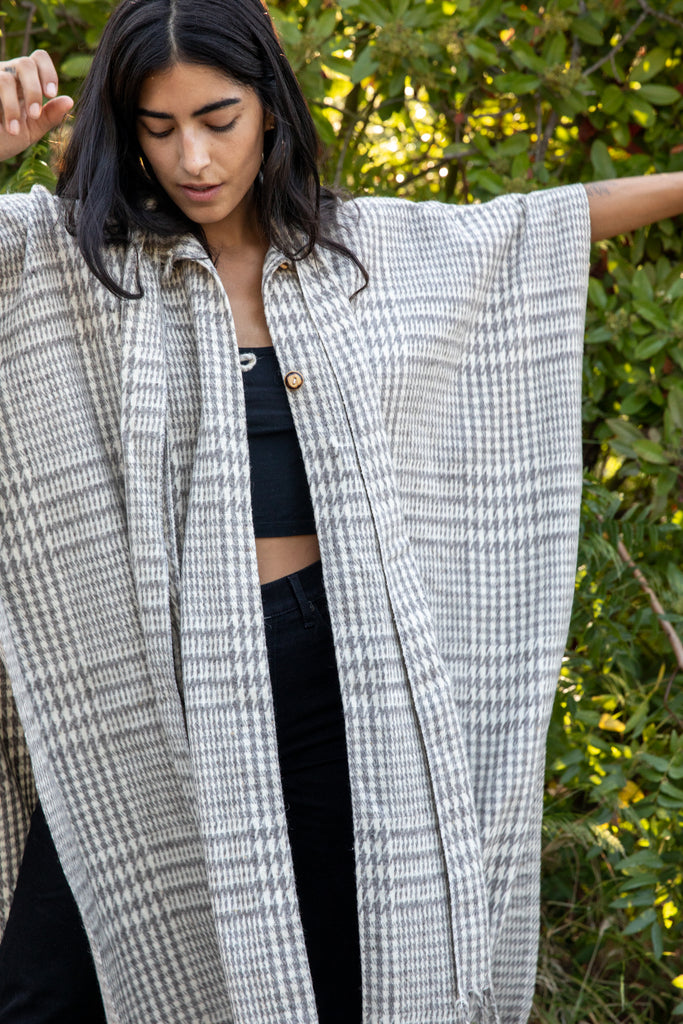 GREY HOUNDSTOOTH WOOL SHAWL