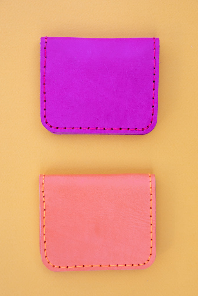 LEATHER CARDHOLDER WALLET // PINK