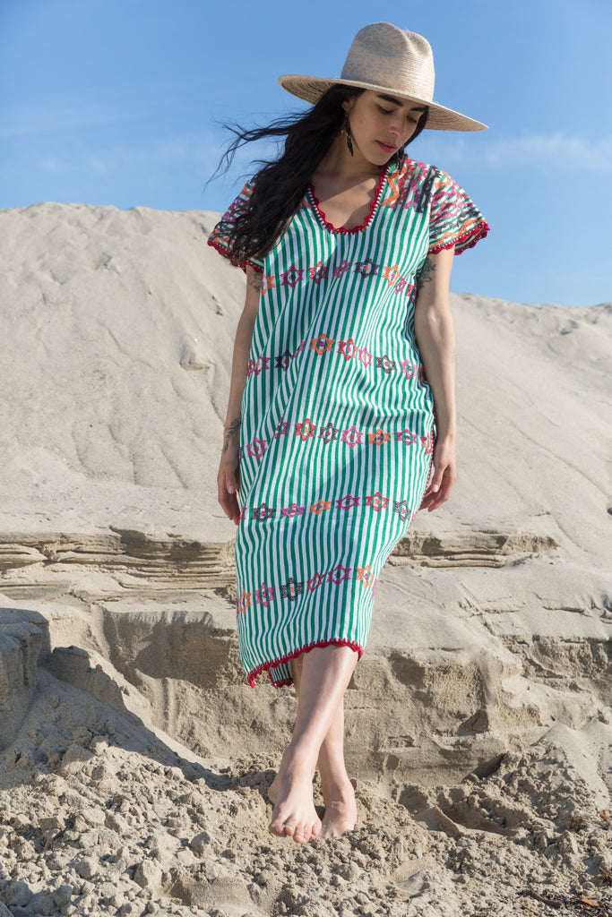 SAN JUAN CAFTAN // GREEN & WHITE W MULTI COLORS