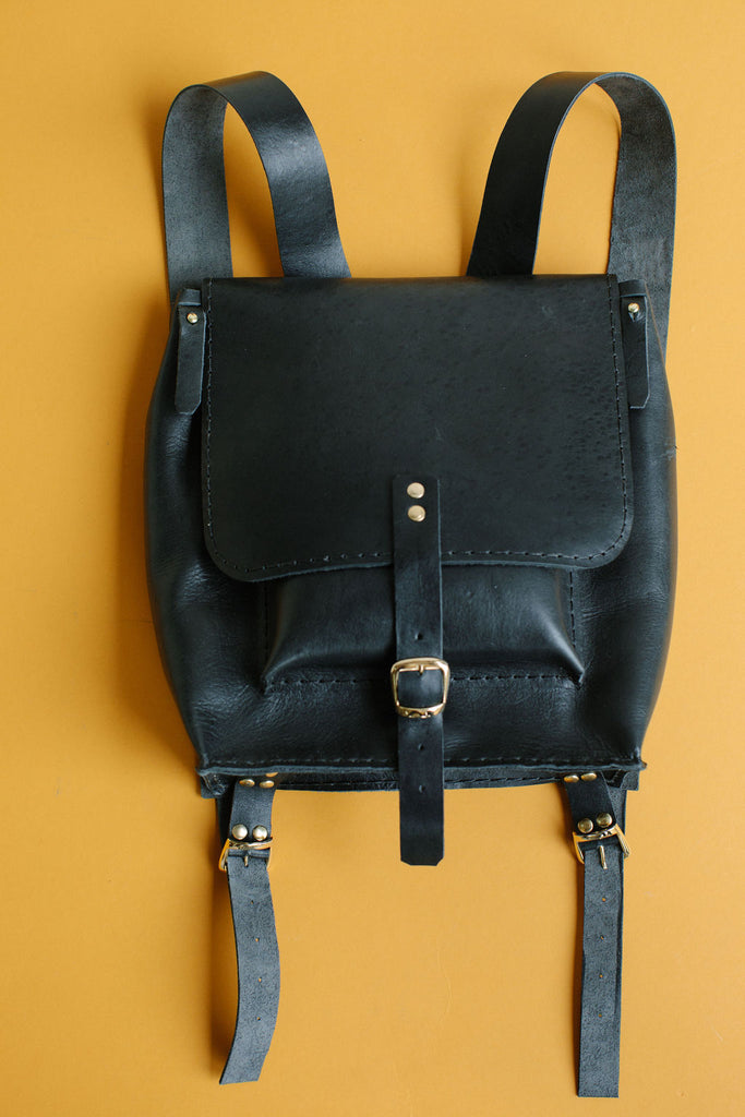 ISA LEATHER BACKPACK // BLACK