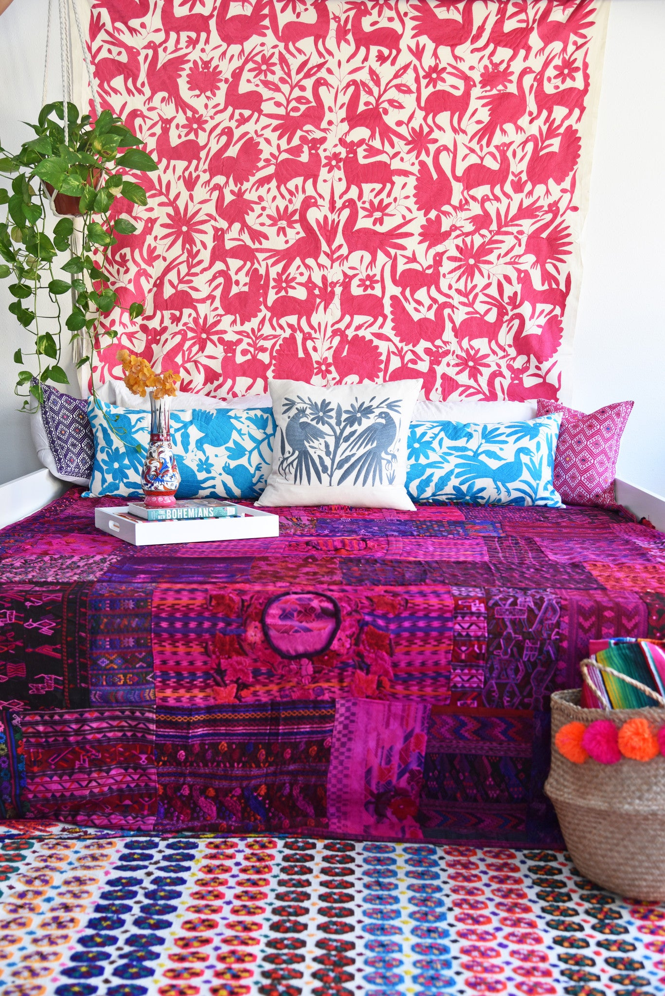 MAGENTA OTOMI TAPESTRY / TABLECLOTH