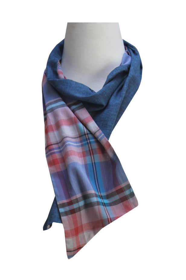 Check and ultramarine blue scarf | 100% Cotton