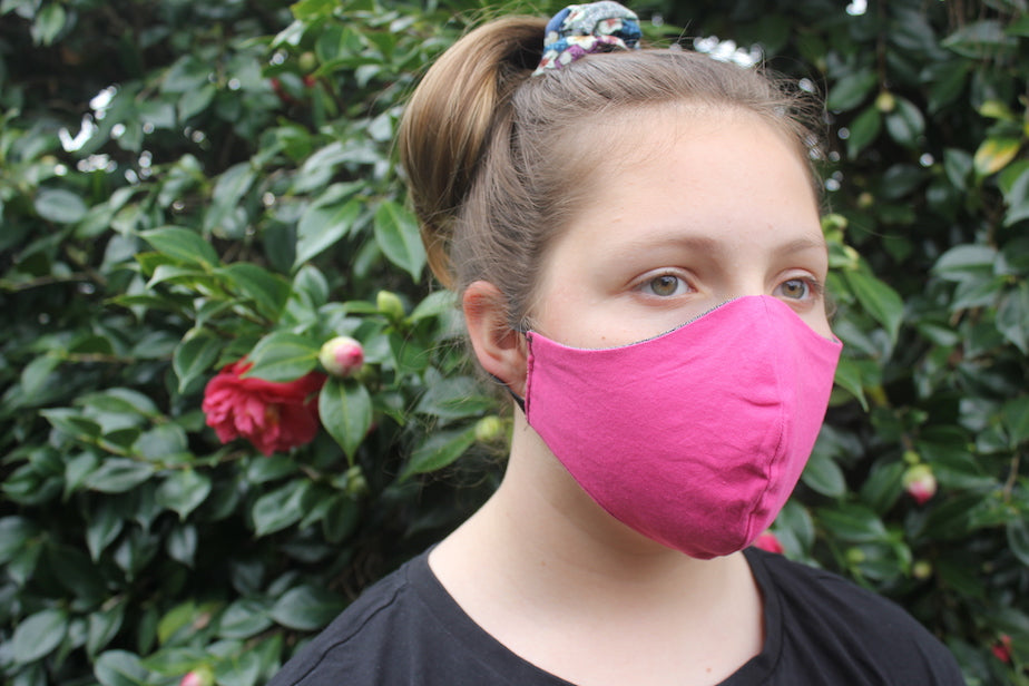 Face mask | Triple layer | Reusable, washable, reversible | Black & Pink