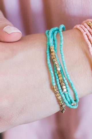 Turquoise and Gold Beaded Bracelet
