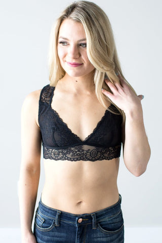 Bella Lace Bralette (Black or Violet)