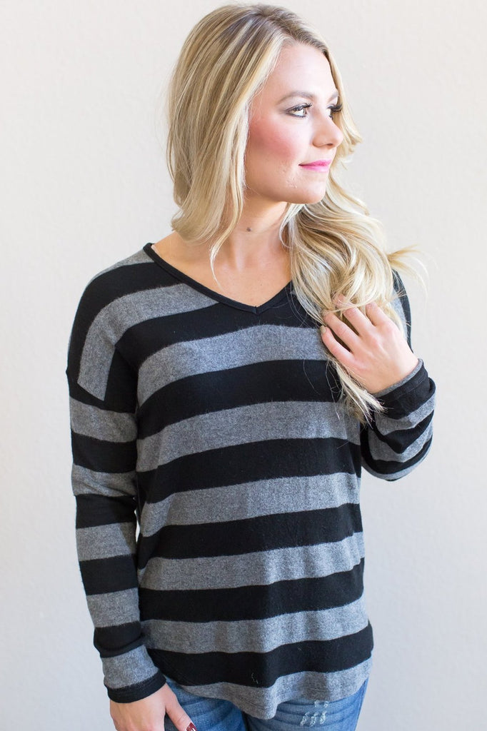 Z-Nova Knit Top (oatmeal or black)