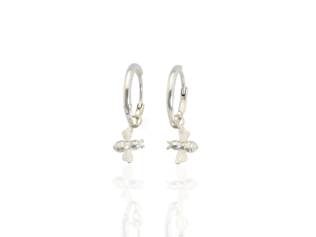 bee hoops earrings in silver