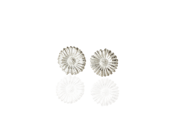 daisy stud earrings in silver