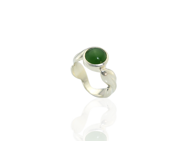 greenstone leaf ring in silver