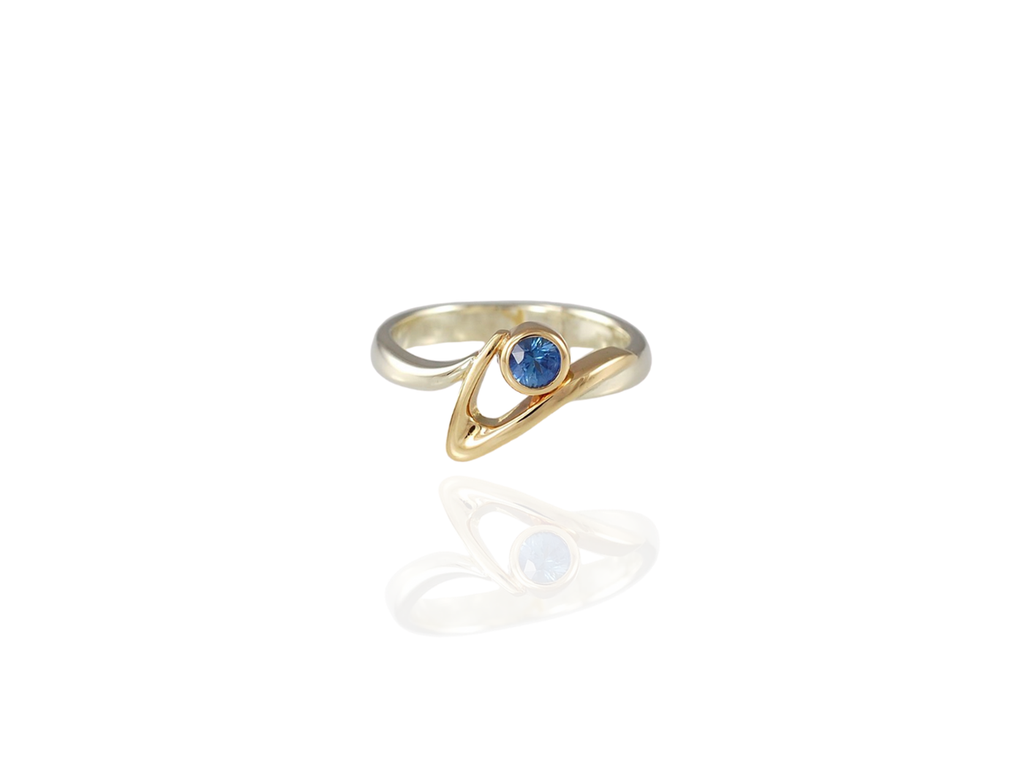 sapphire gold ring - vancouver