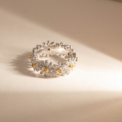 18ct White Gold .82ct Diamond Daisy Ring - Walker & Hall