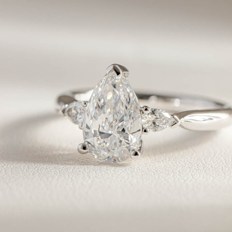 18ct White Gold 2.00ct Diamond Ring - Walker & Hall