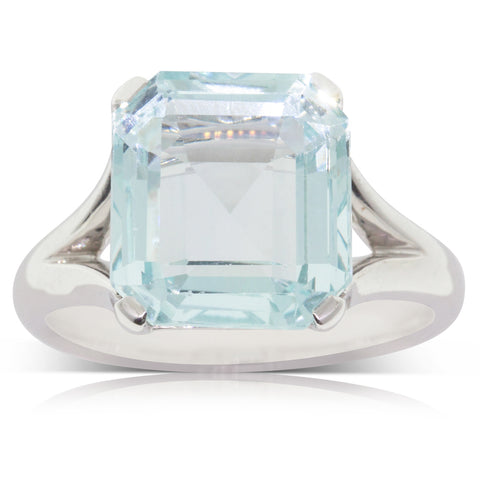 14ct White Gold 6.25ct Aquamarine Ring - Walker & Hall