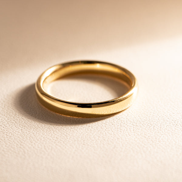 18ct Yellow Gold 3mm Band - Walker & Hall