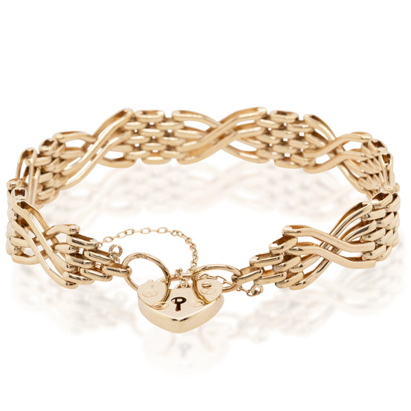 Deja Vu 9ct Yellow Gold Gate Link Bracelet With Heart Padlock - Walker & Hall