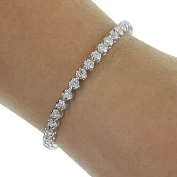 18ct White Gold 2.03ct Diamond Tennis Bracelet - Walker & Hall