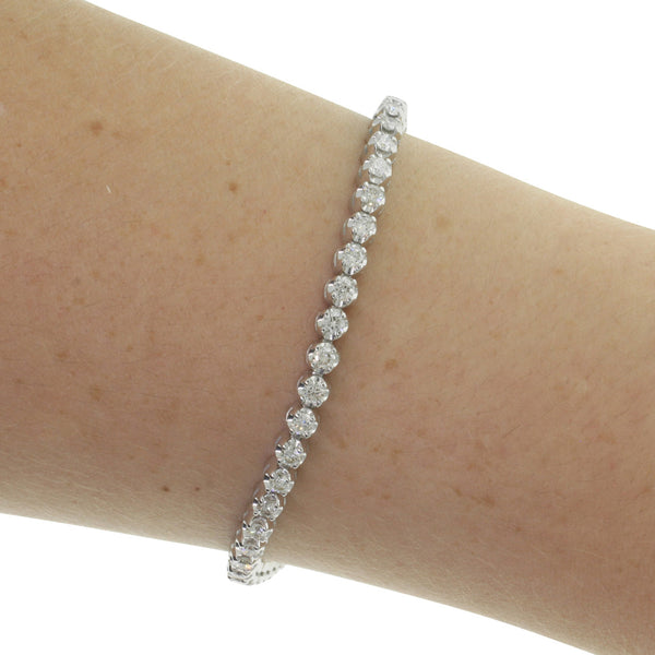 9ct White Gold 2.50ct Diamond Tennis Bracelet - Walker & Hall