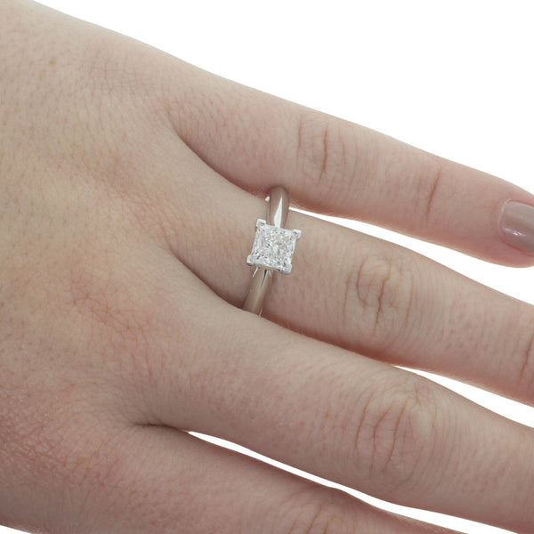 18ct White Gold 1.01ct Diamond Venetian Ring - Walker & Hall