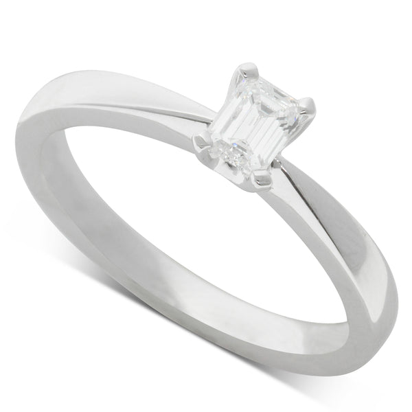 18ct White Gold .35ct Diamond Solitaire Ring - Walker & Hall