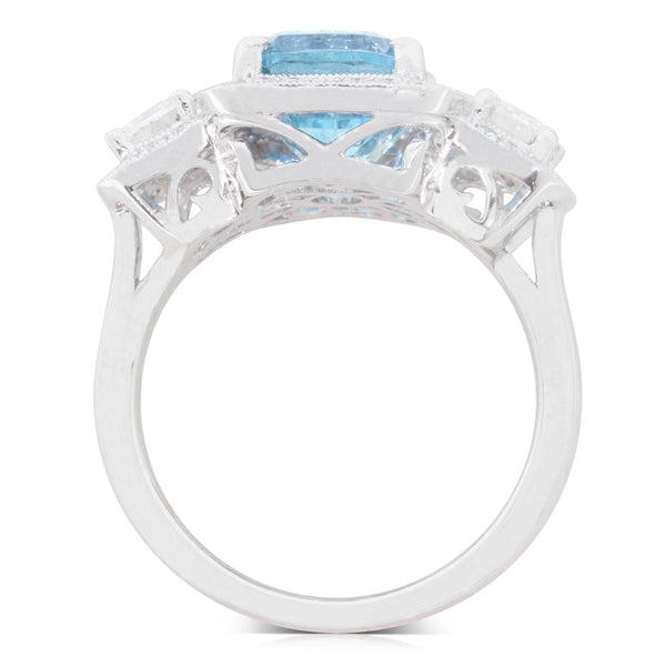 18ct White Gold 4.50ct Aquamarine & Diamond Ring - Walker & Hall